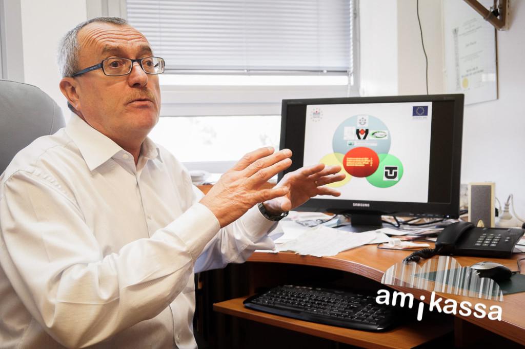 Dusza János a szlovákiai professzorok elitjéhez tartozik.