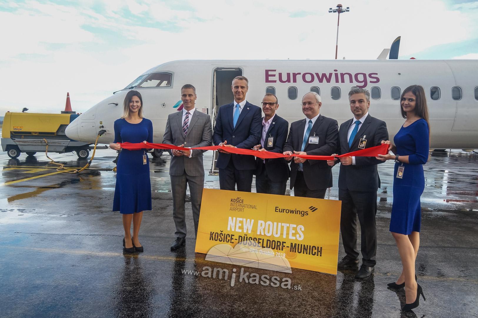 59982b264290 Borús időjárás fogadta az Eurowings Airbus A320-as repülőgépet. A  hagyományokhoz híven a tűzoltók által kialakított vizes kapu keresztelte  meg az első ...